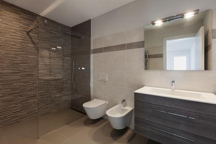 Fliesen Wöllert Meisterbetrieb   Modernes Badezimmer mit barrerefreier Dusche