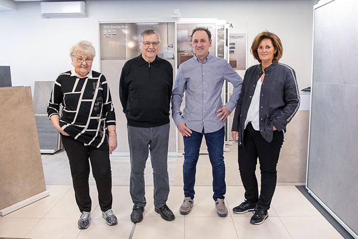 Fliesen Wöllert Meisterbetrieb | Teamfoto des Meisterbetriebs Wöllert